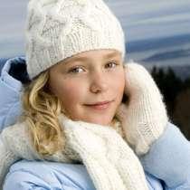 Mütze, Schal und Handschuhe im Set aus der Silke Kollektion.