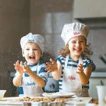 Praktisch zum Kochen. Wählen Sie aus vier Farben Stickgarn.