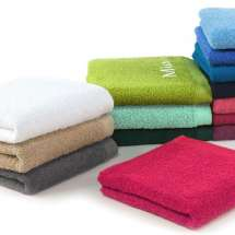 100% Baumwoll-Handtuch (50 x 100 cm). Noch persönlicher mit Bestickung!